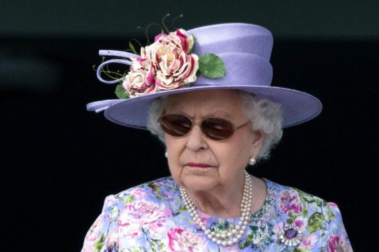 Queen Elizabeth wearing sunglasses