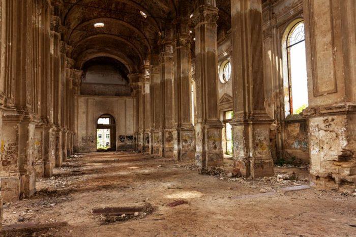 ukraine_abandoned churches