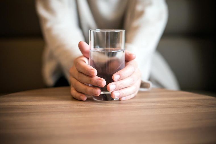 Drink water to avoid holiday weight gain