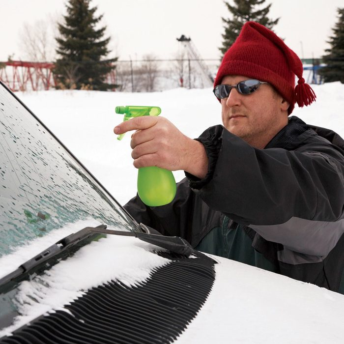 ice proof windshield with alcohol