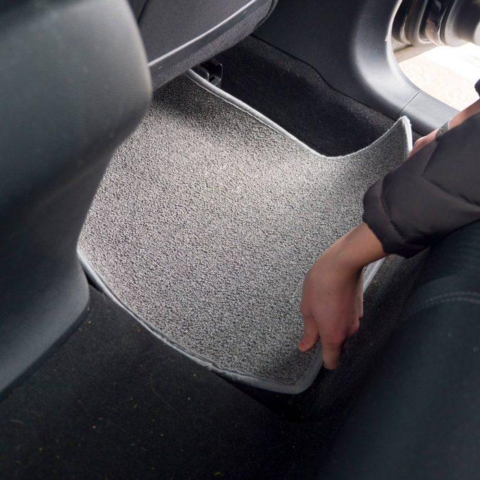HH DIY car mat from carpet scraps