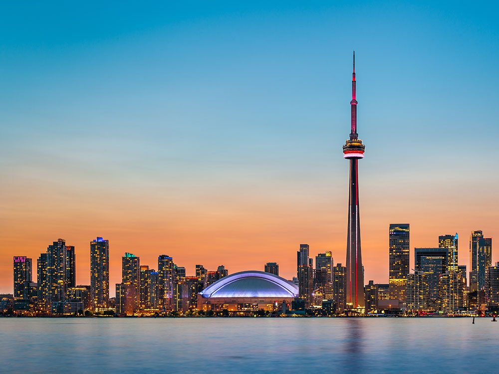 Best places to visit in Canada - CN Tower