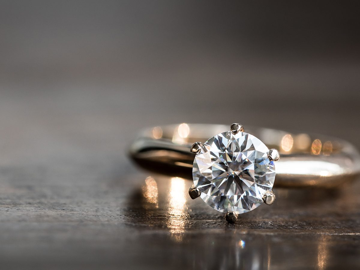 Best Reader's Digest jokes of all time - engagement ring