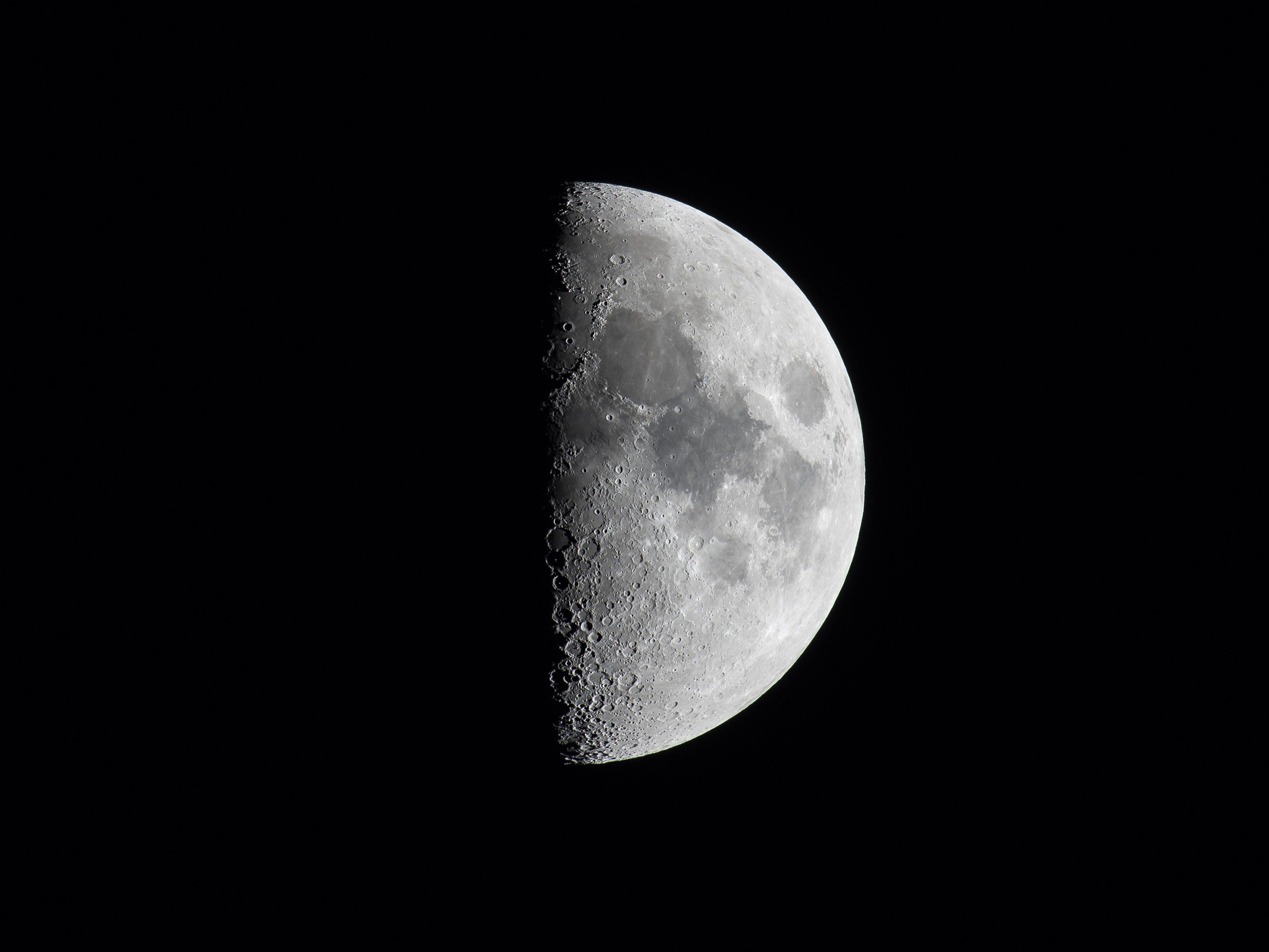 Best Reader's Digest jokes of all time - half moon