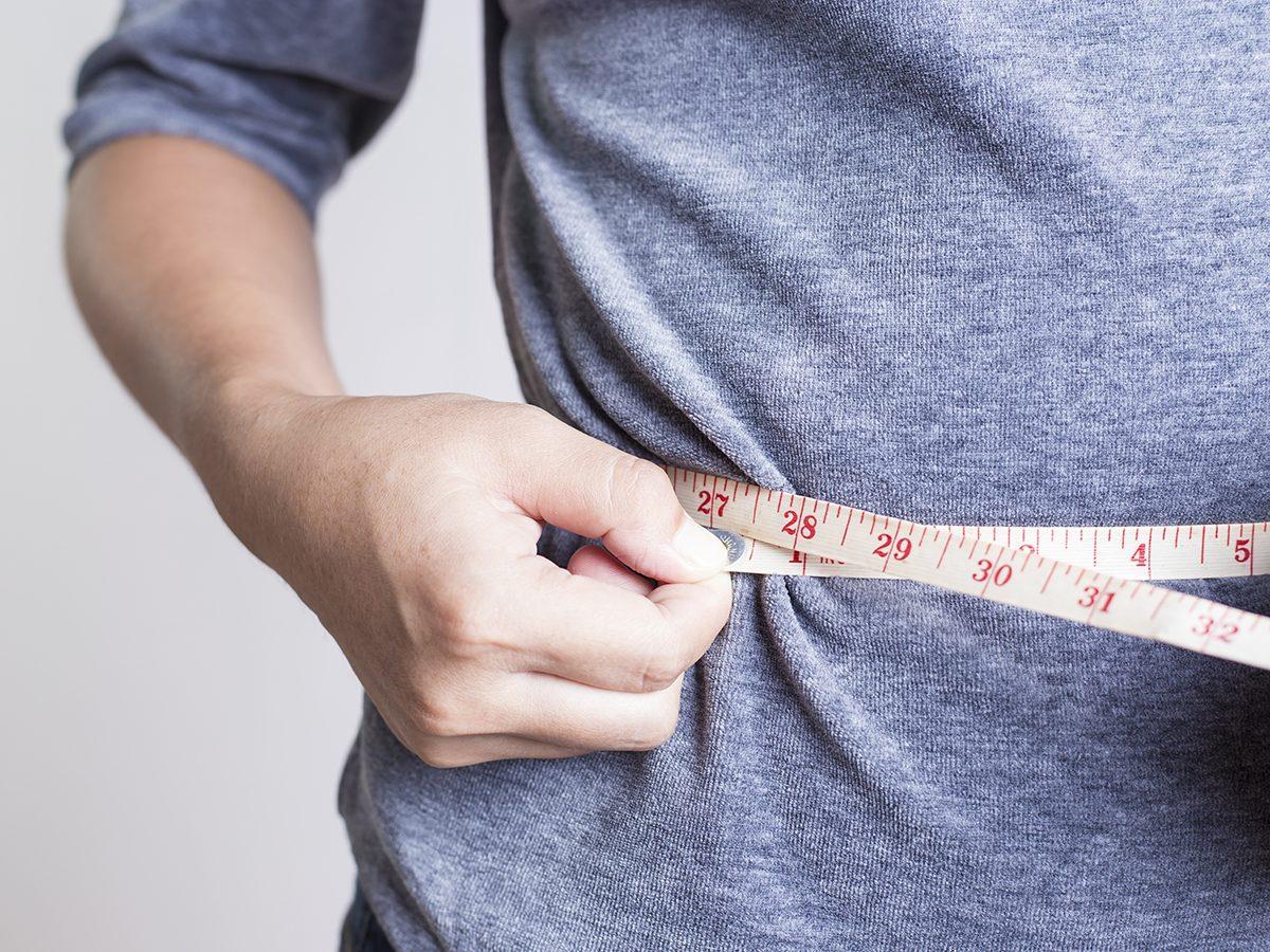 Best Reader's Digest jokes of all time - woman measuring waist