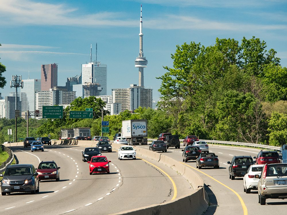 Moving to Canada: Getting a driver's licence