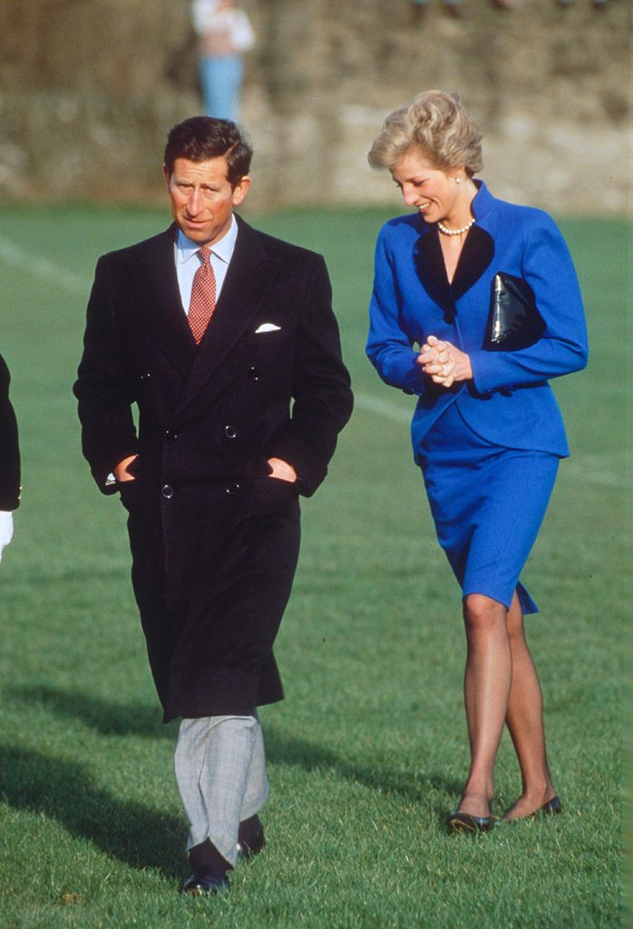 PRINCE CHARLES AND PRINCESS DIANA VISIT YOULGREAVE PRIMARY SCHOOL IN DERBYSHIRE, BRITAIN - 1990