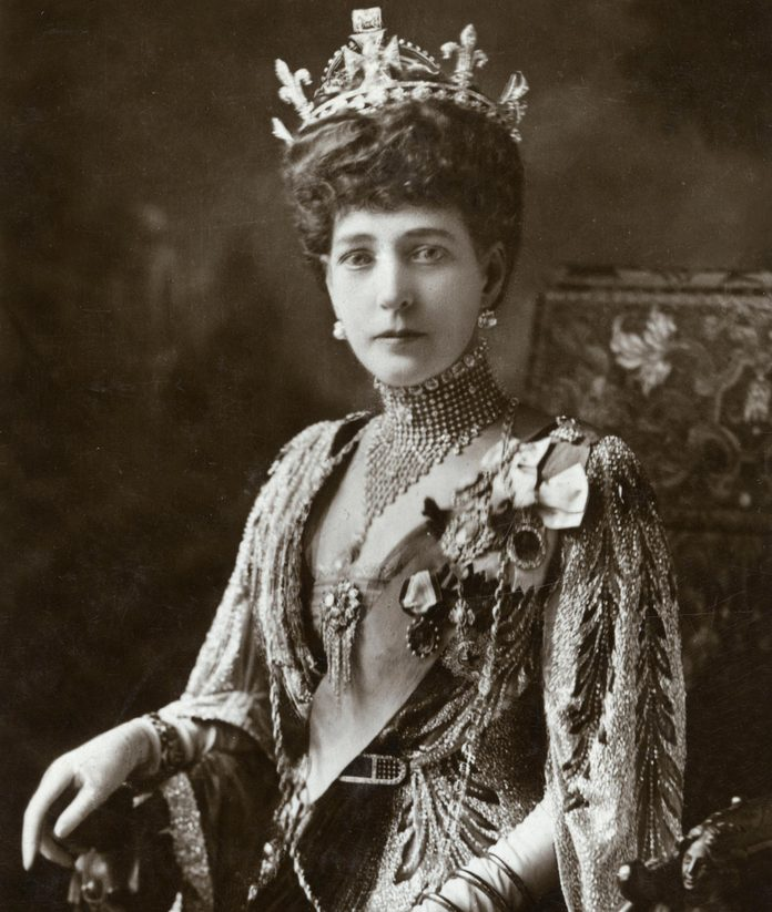 Queen Alexandra - Downey Photograph On A Postcard