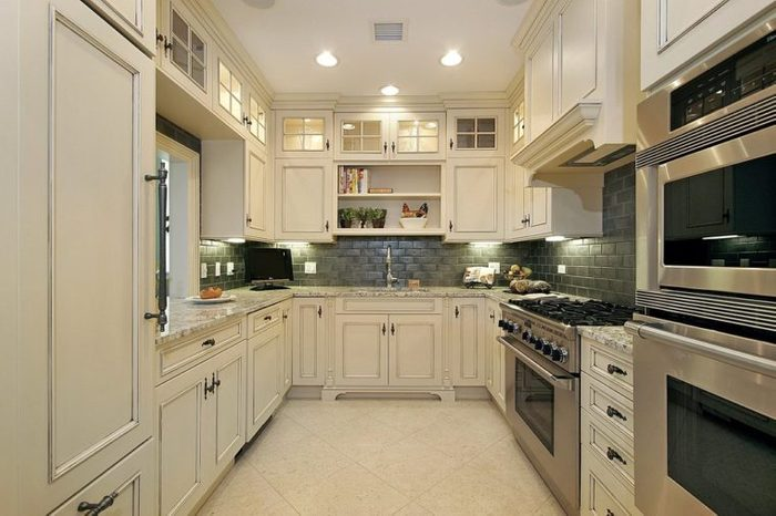 Kitchen in square format