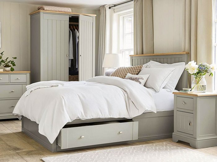 Mattress buying guide - pretty bedroom