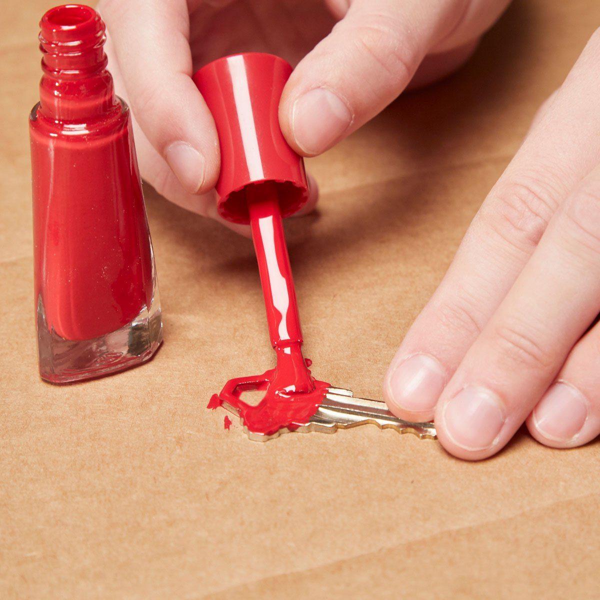 HH Handy Hint color coded key nail polish