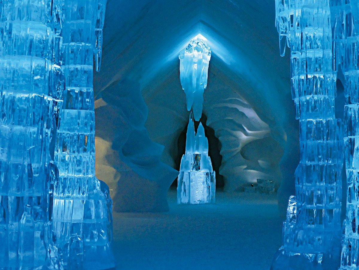 Ice hotel in Quebec City