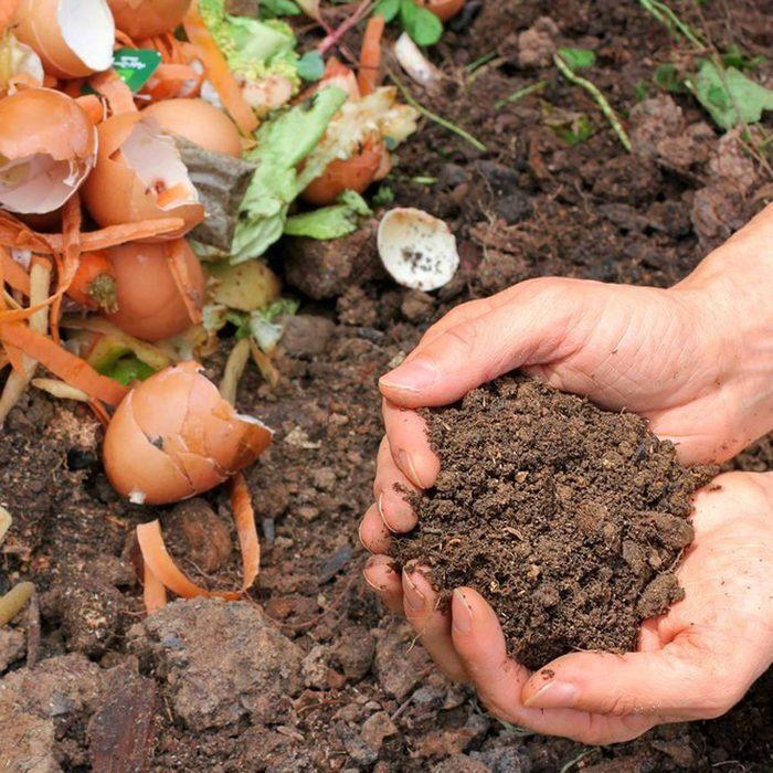 Soil, lawn fertilizer