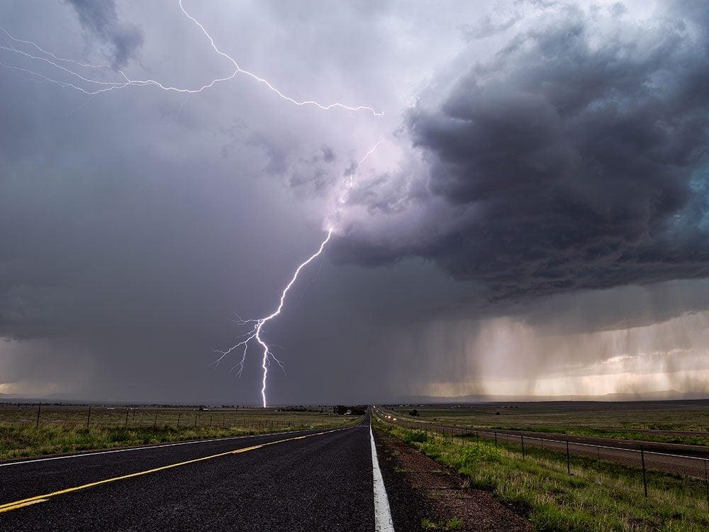 Driving tips - thunderstorm