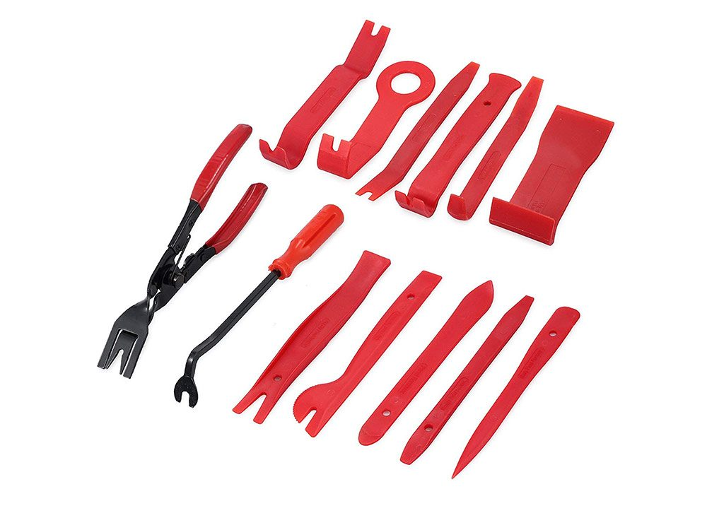Car mechanic tools - pliers