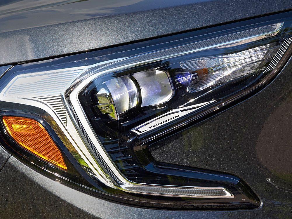 GMC Terrain Denali IntelliBeam headlamps