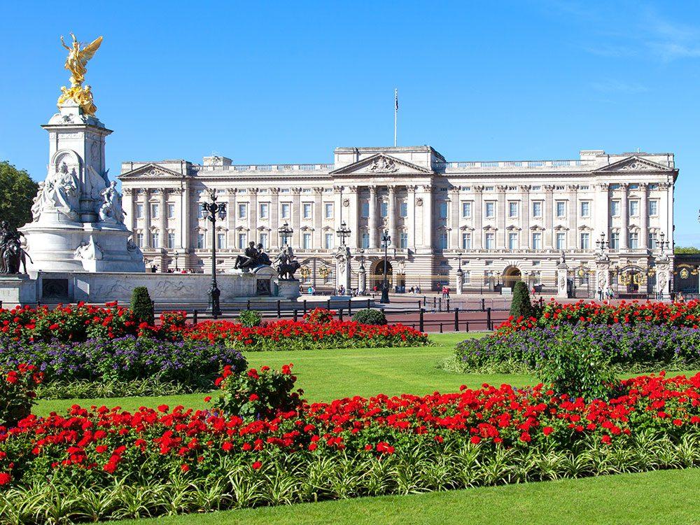 London attractions - Buckingham Palace