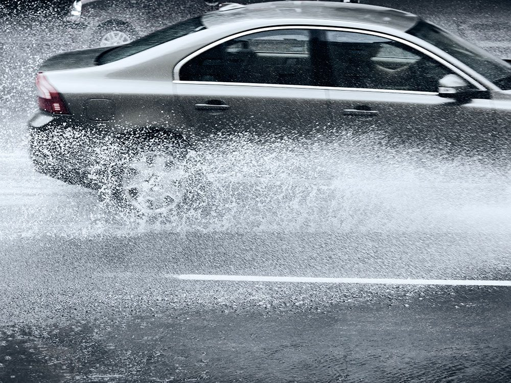Tips for safe driving in wet weather