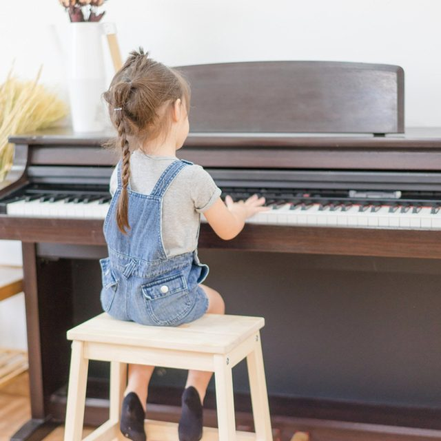17ocy98-tk_613418885_08-piano-1200x1200 little girl child playing the piano