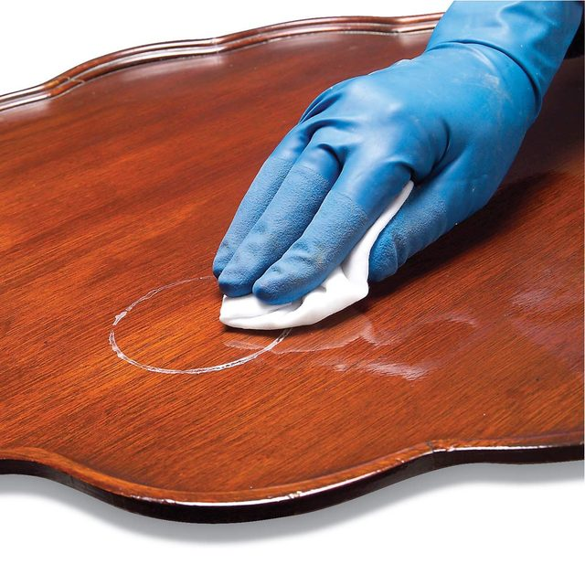 removing water stain on wood