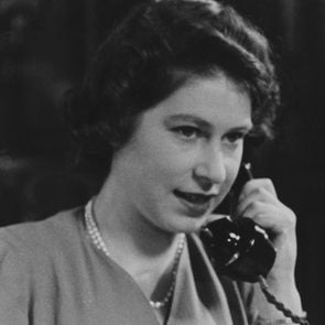 Art (Portraits) - various Princess Elizabeth 1926- at her desk answering telephone greetings on her 18th birthday, 21 April 1944