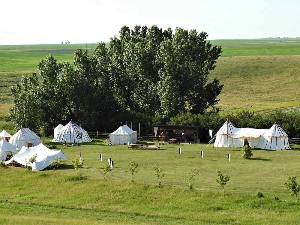 Canadian attractions - Medieval glamping