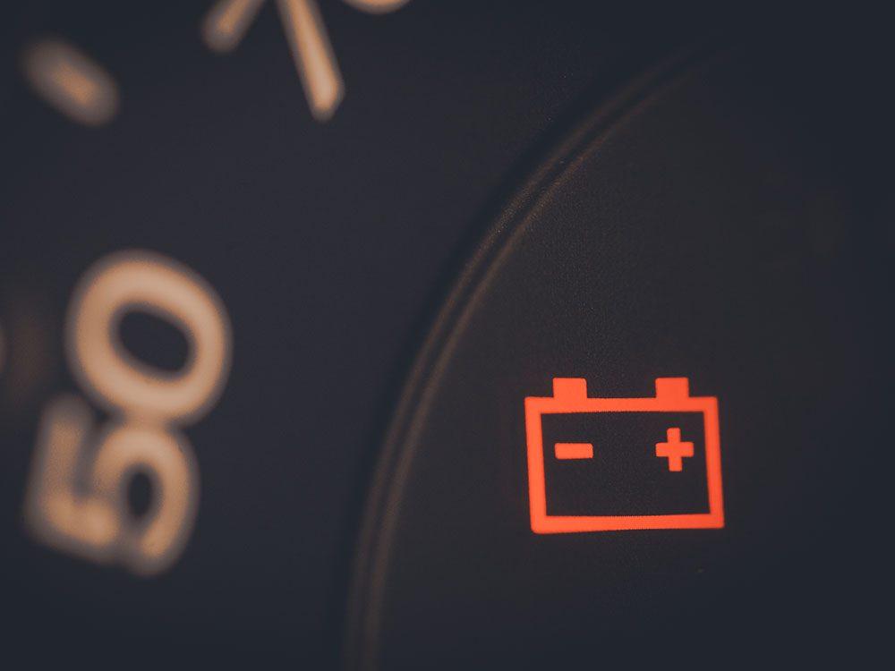 How long do car batteries last - dashboard light