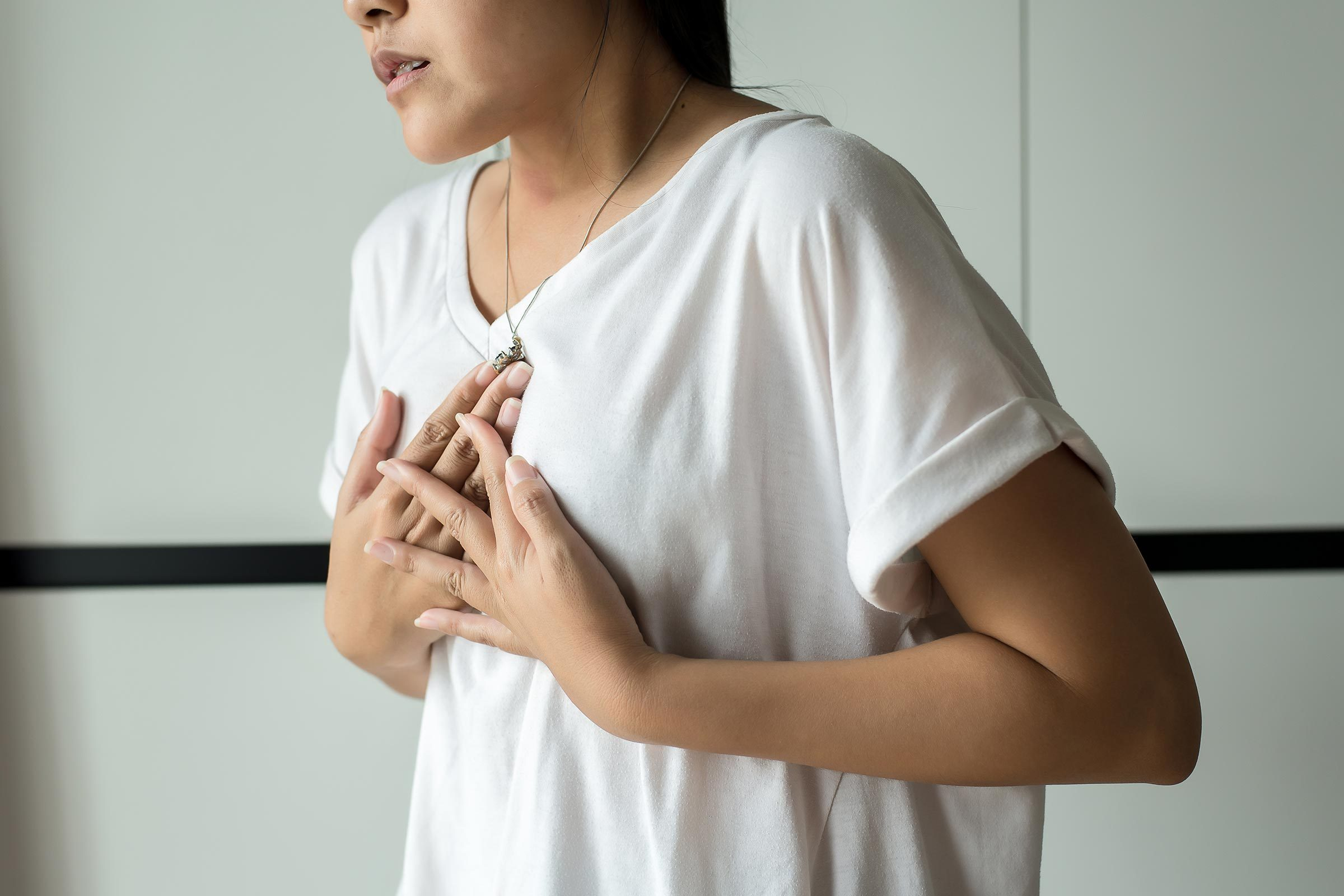 chest pain woman