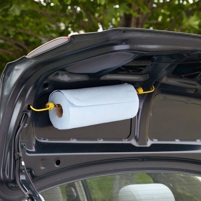 Instant paper towel holder bungee cord
