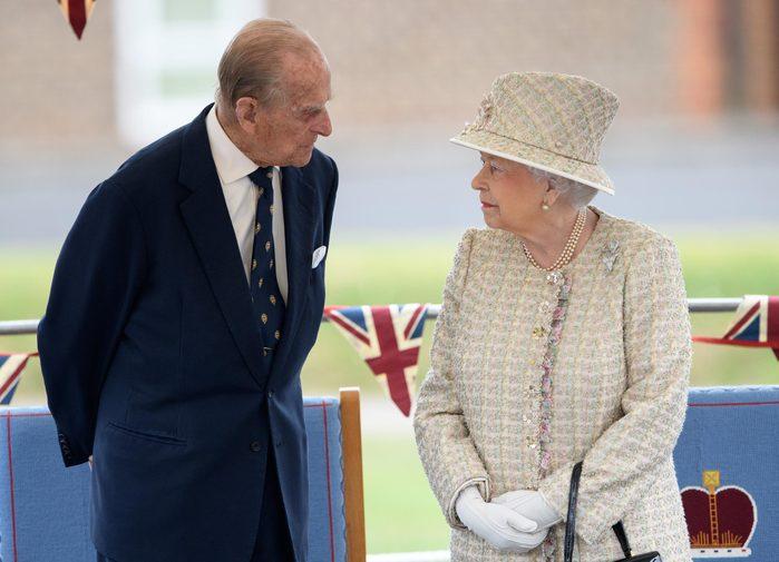 Queen Elizabeth II and Prince Philip visit to Pangbourne College, Berkshire, UK - 09 May 2017