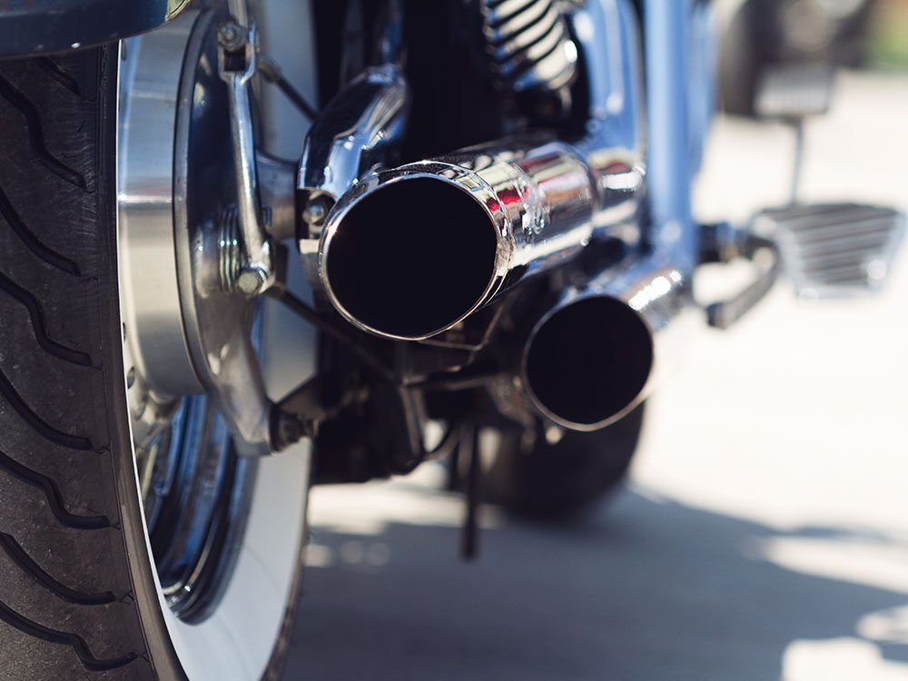 How to clean motorcycle exhaust pipes