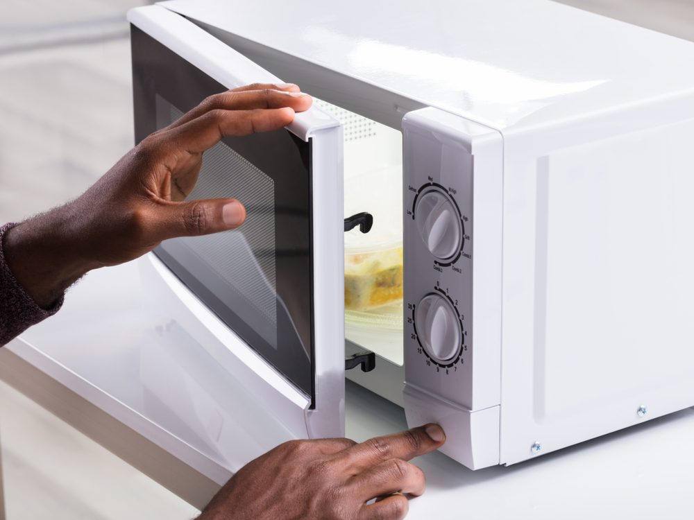 Home safety hazards - microwave oven