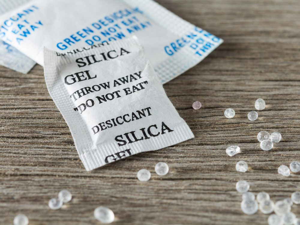 Home safety hazards - silica gel packets