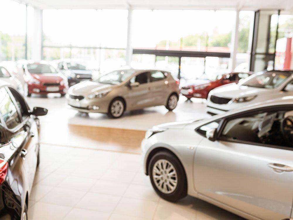 How much do car dealers make - car dealership showroom