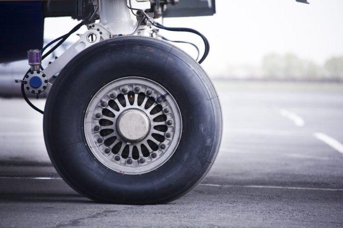 wheel of airplane