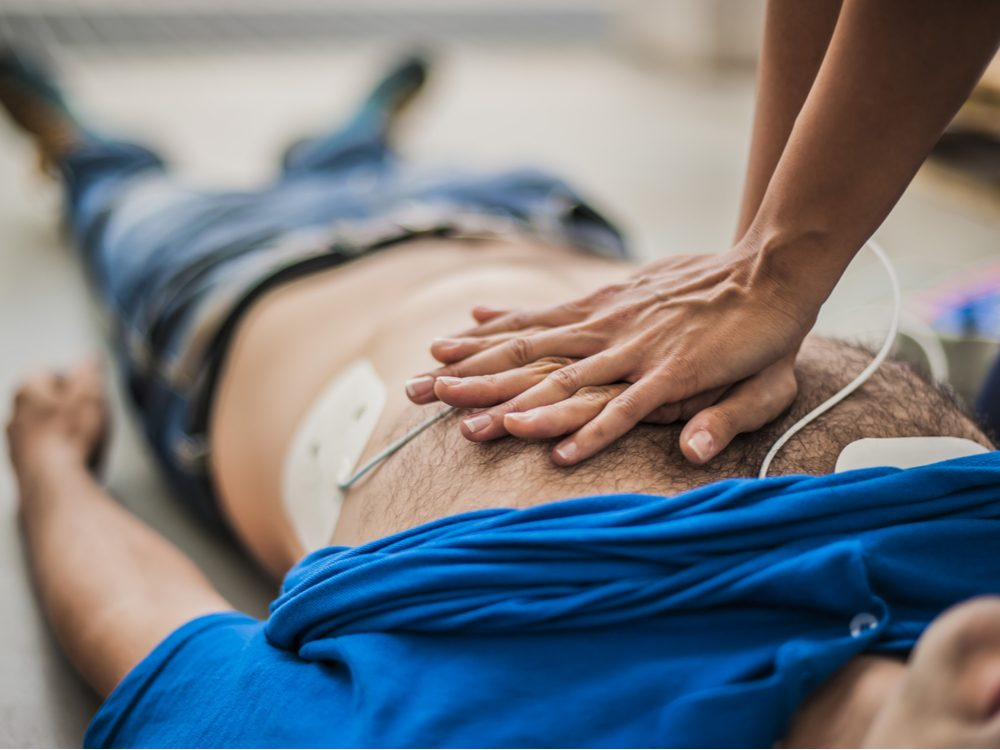 13 things paramedics CPR