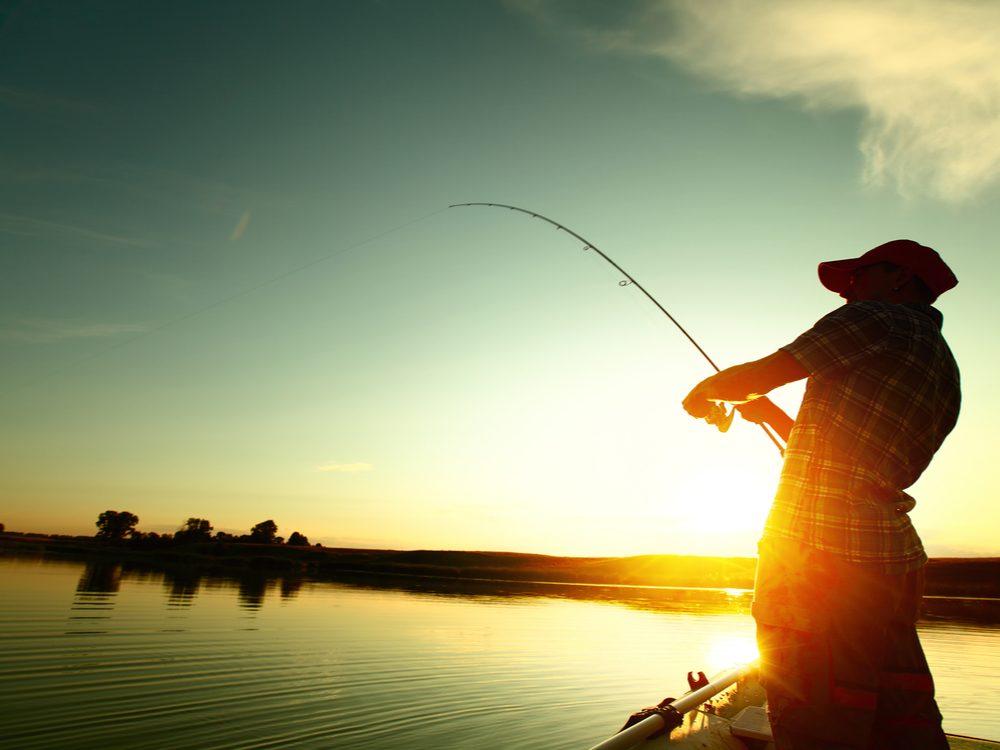 funny tweets fishing