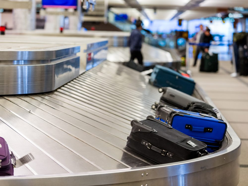 funny tweets luggage conveyor