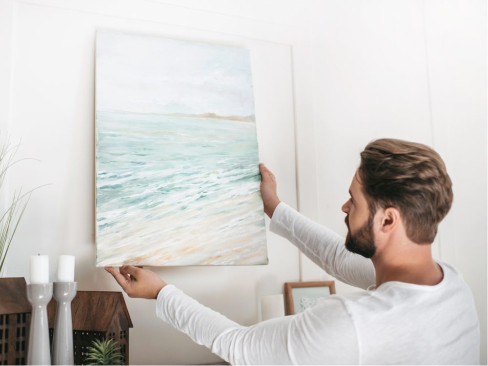 Hanging up painting