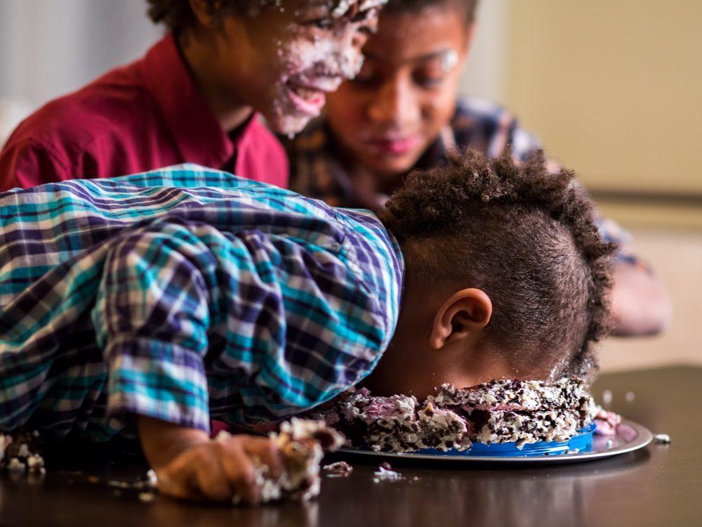 kid jokes cake face