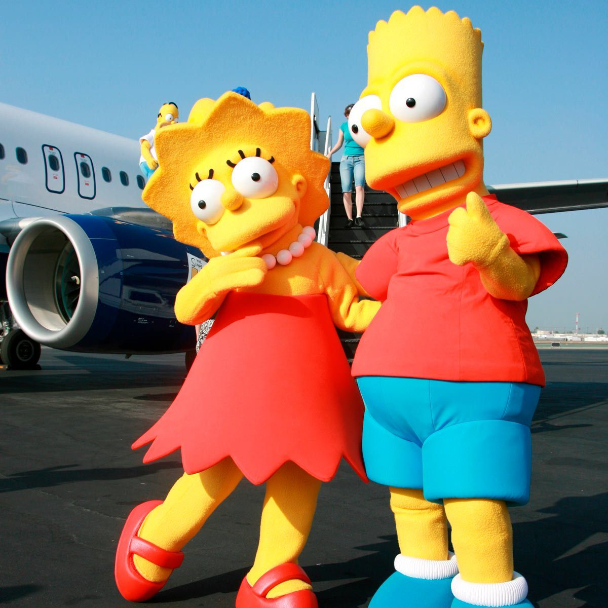 Bart and Lisa Simpson as suits