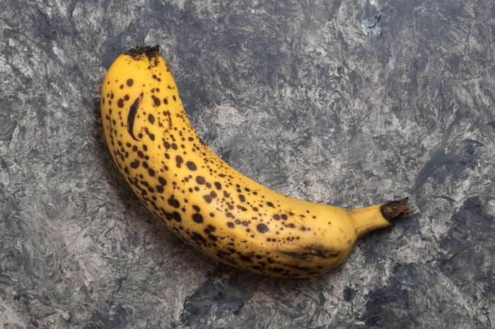 Old mini banana - overhead view