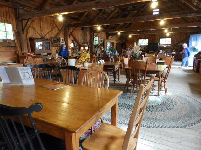 Day trips from Ottawa - Hudson, Quebec - Finnegan's furniture