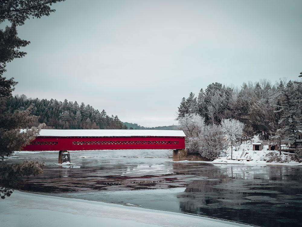 Day trips from Ottawa - Wakefield covered bridge