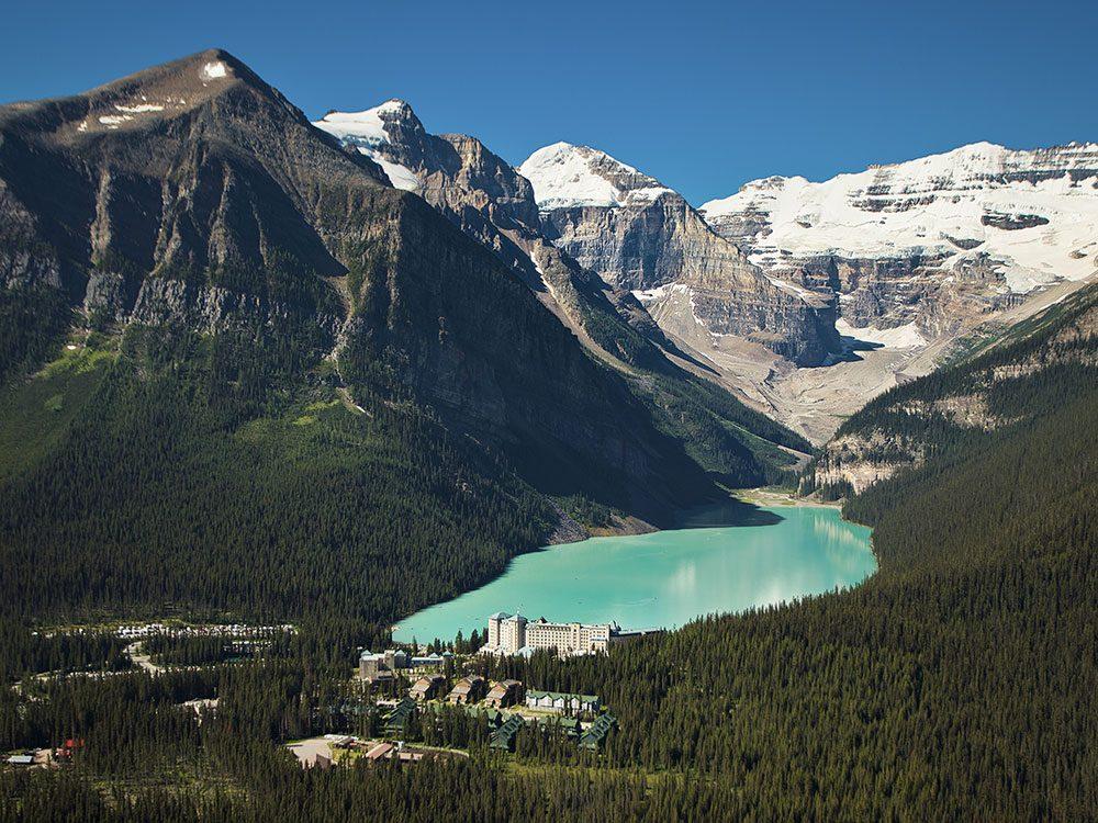 Canadian Hotels - Fairmont Chateau Lake Louise