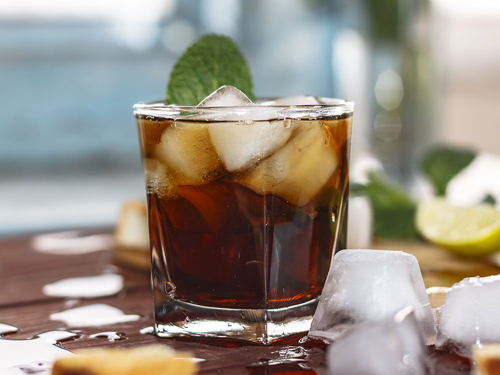 Puerto Rico facts - rum and coke