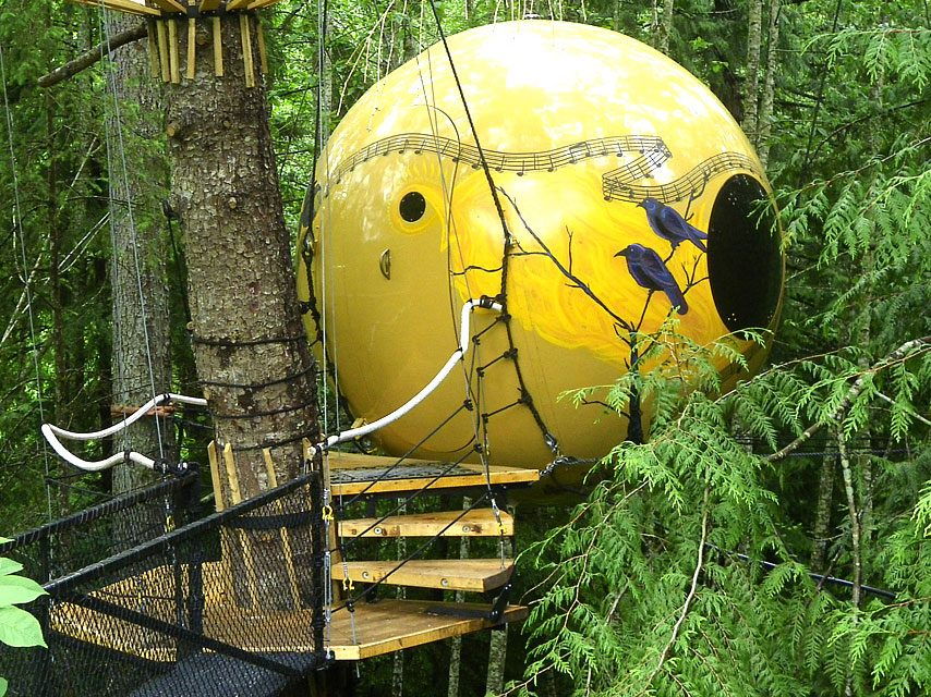 Quirky hotels across Canada - Free Spirit Spheres