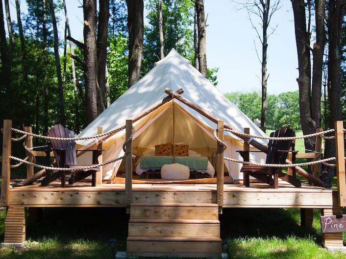 Quirky hotels across Canada - Whispering Springs