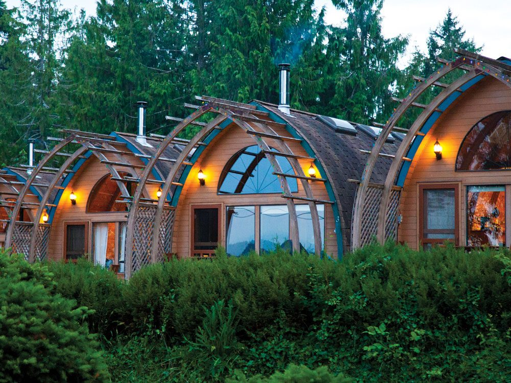 Quirky hotels across Canada - Mineral Spring Resort
