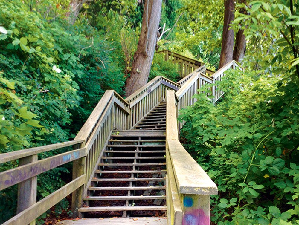 The modern-day staircase at 1001 Steps